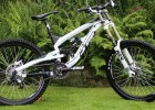 YT Industries TUES DH Full Suspension Downhill/ Gravity