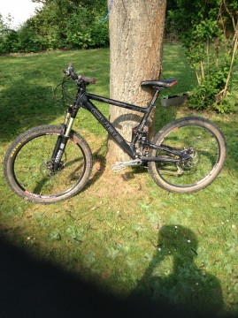 Cube Stereo Black Anodized Full Suspension Tour/ All Mountain