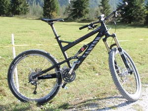 Canyon 2009 Torque ES 9.0 SL Full Suspension Enduro/ Freeride
