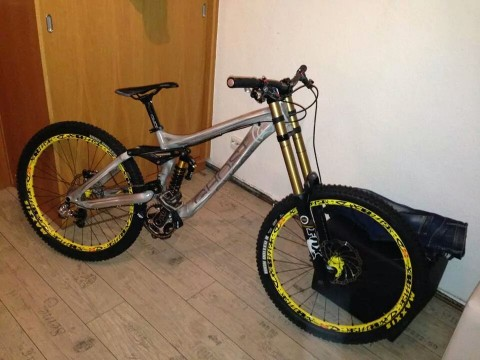 Ghost DH 9000 Full Suspension Downhill/ Gravity